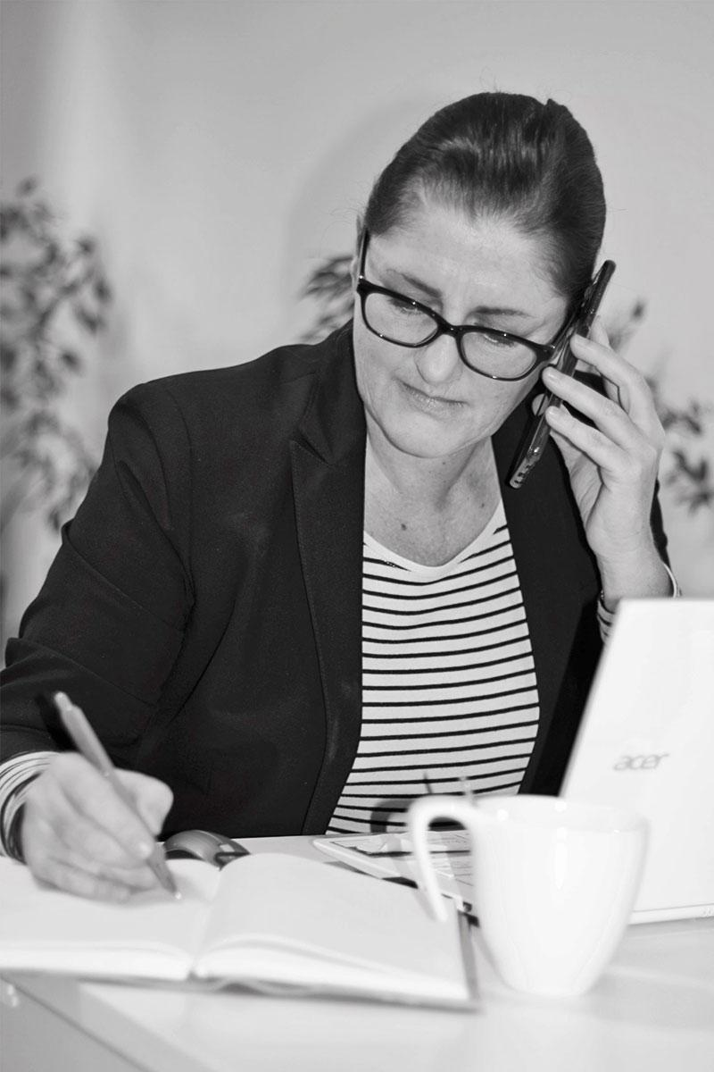 Karin-Ohrner-bei-der-Arbeit